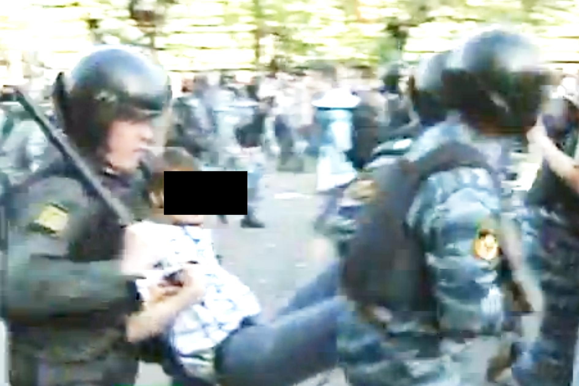 http://antonkuryshev.com/files/gimgs/24_6mayvictims009.jpg