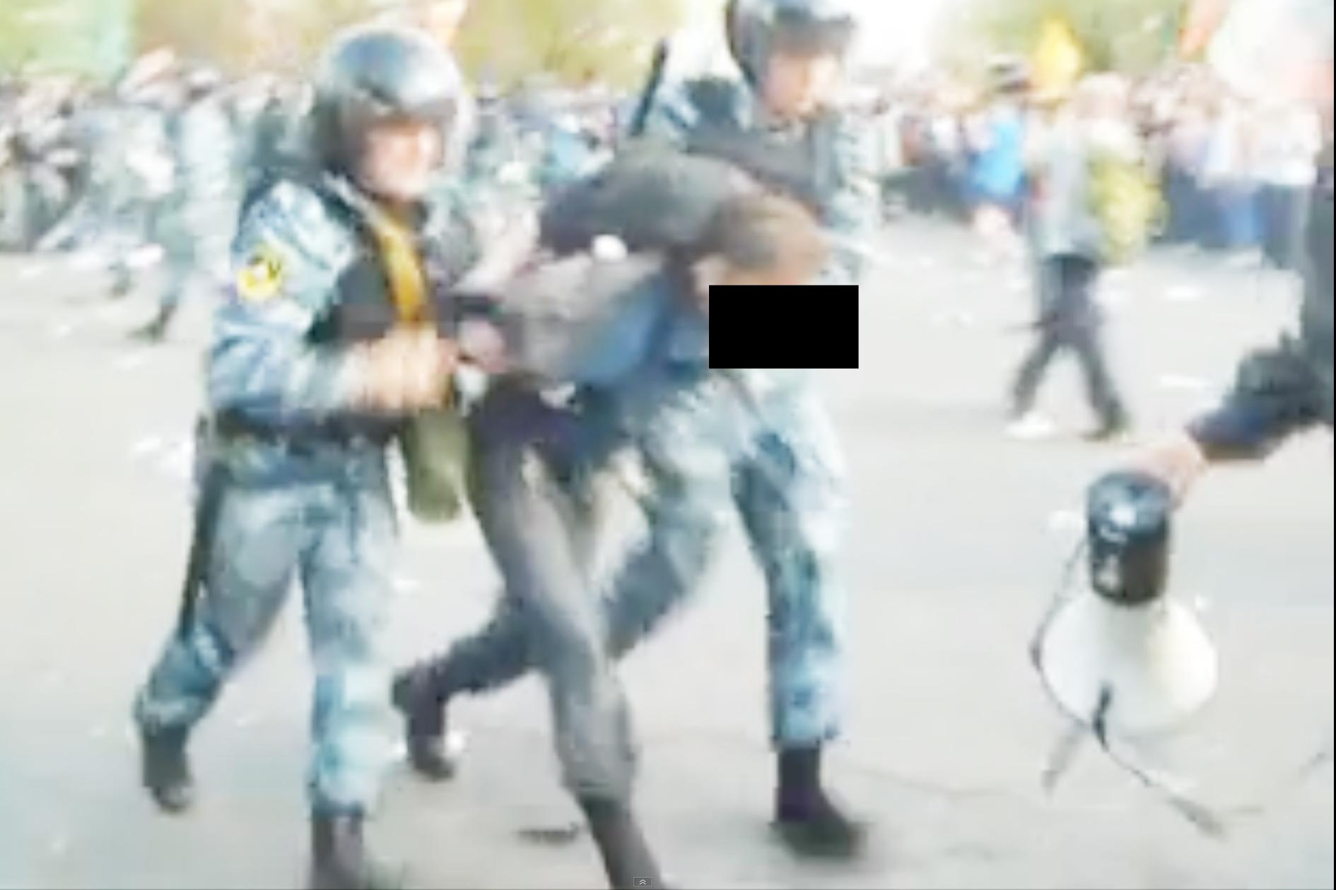 http://antonkuryshev.com/files/gimgs/24_6mayvictims012.jpg